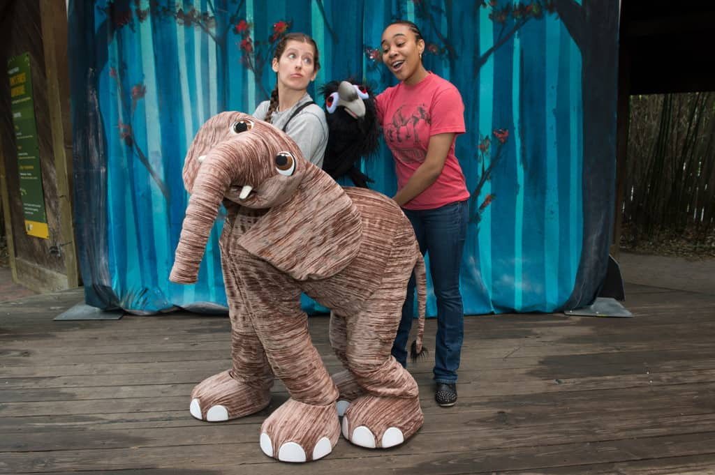Julie Larsen Maher_2419_Fimi Elephant Puppet Theater_WAS_BZ_05 22 13