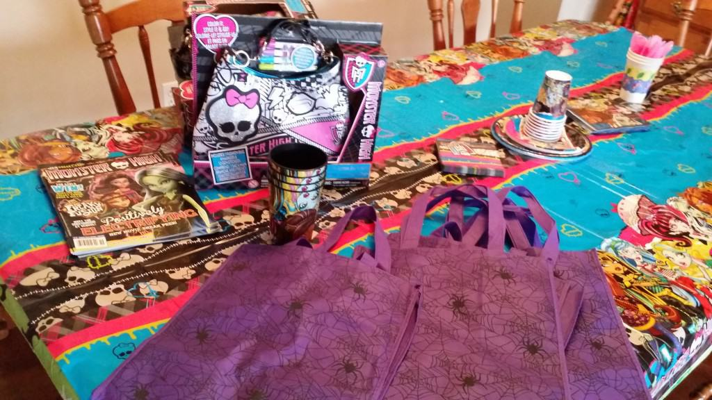 Monster High Freaky Fusion Party