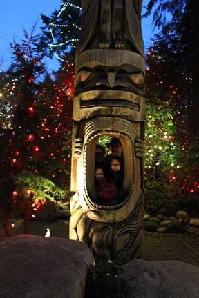 Totem Pole Photo