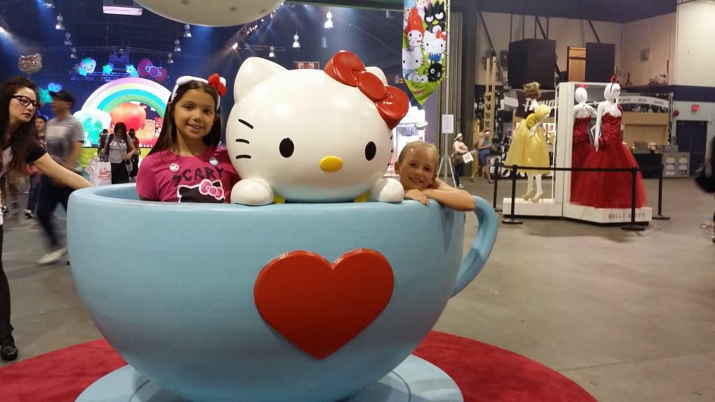 HK teacup