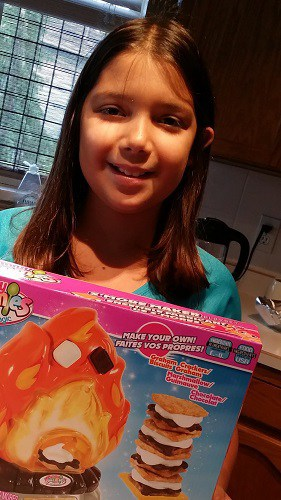 Yummy Nummies – S'more Maker Playset