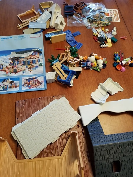 in our house building sets mean family time as we all enjoy putting the sets together it is hard to tell who is having more fun building when we sit down - Playmobil Ski