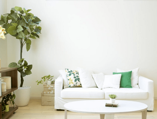 5 Tips and Tricks to Keeping a Clean Home