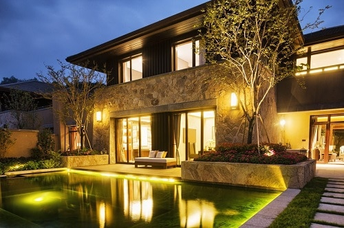 Lighting the Exterior of Your Home