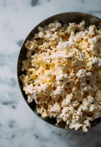 4 Tips for choosing the best popcorn maker machine